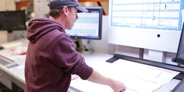 Mick - Works on Litho LED UV Press