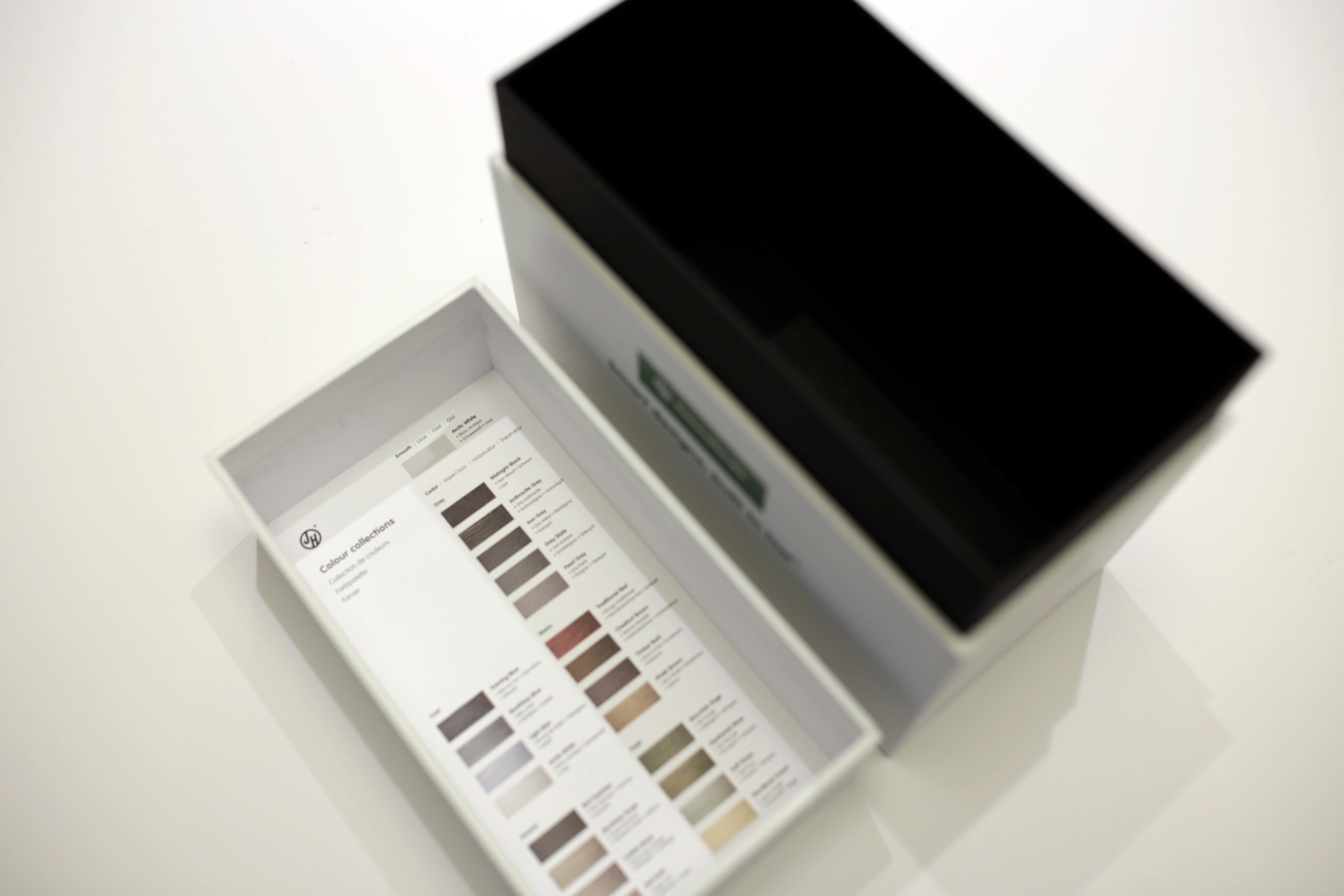 Image of opened sample box